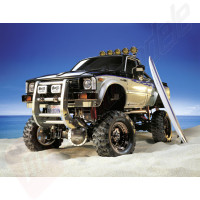 Automodel electric off-road Tamiya Toyota Hilux High-Lift 4WD Kit, scara 1/10